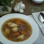 Vegetarian Borscht with Beans